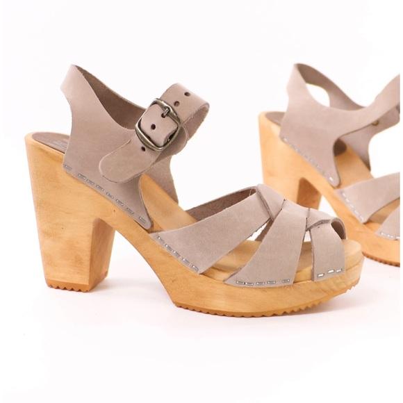 MIA Swedish MIA wood heel clog sandals 7 EU 37